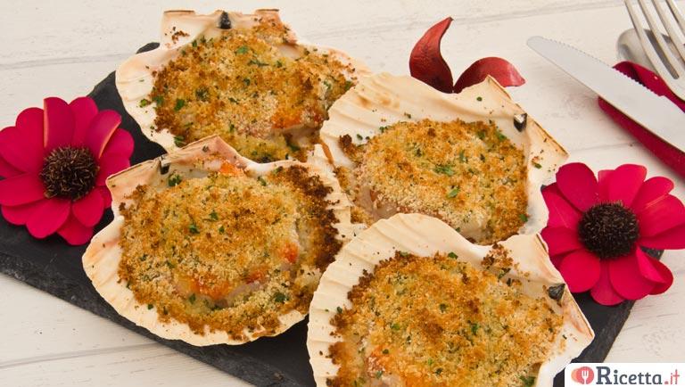Capesante gratinate con gamberoni al Vermut