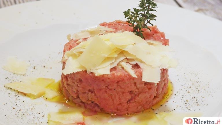 Ricetta di carne cruda alla piemontese