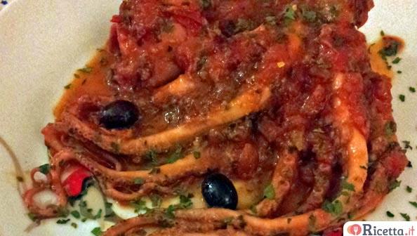 Ricetta moscardino grande al pomodoro consigli e for Cucinare moscardini