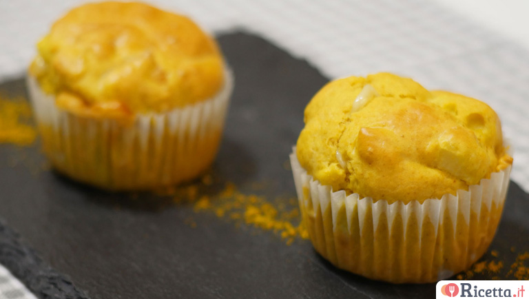 Muffin salati curry e mele verdi