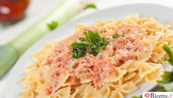 3 ricette con il salmone fresco primi piatti for Ricette bimby pesce primi piatti