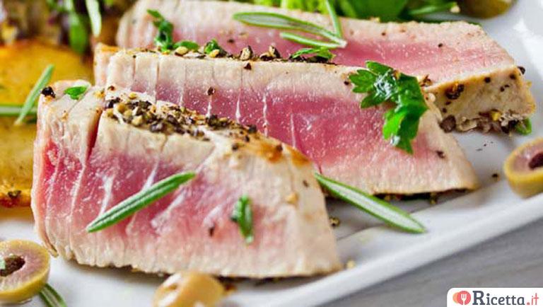 Ricetta tagliata di tonno con salsa allo zafferano - Ricette per cucinare ...