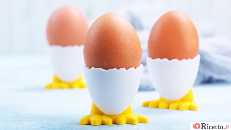 Ricetta uovo in camicia con asparagi fonduta e nocciole - Cucinare le uova ...
